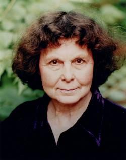 София Асгатовна Губайдулина (род. 24 октября 1931 г.), российский композитор